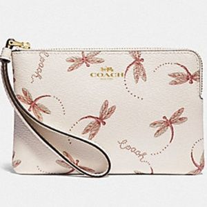 AUTHENTIC COACH NWT Dragonfly Print Wristlet/Phone
